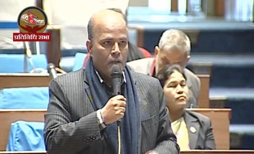 संसद पदबाट राजीनामा दिने अमरेश सिंहको चेतावनी